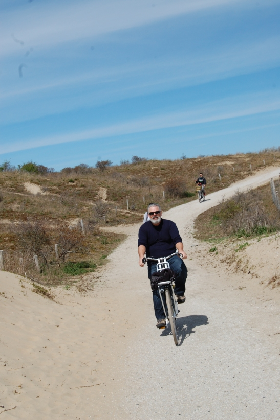 Riding through the dune near Katwijk. My dad rides a motorcycle usually, but handles the leg powered couterpart pretty well.